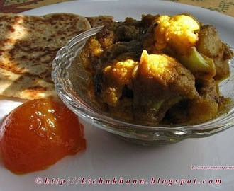 Aloo Phulkopir Dom ar Porota / Alu Gobi ki subzi and Paratha - hearty winter breakfast