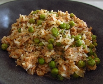 Arroz com atum e ervilhas | Food From Portugal