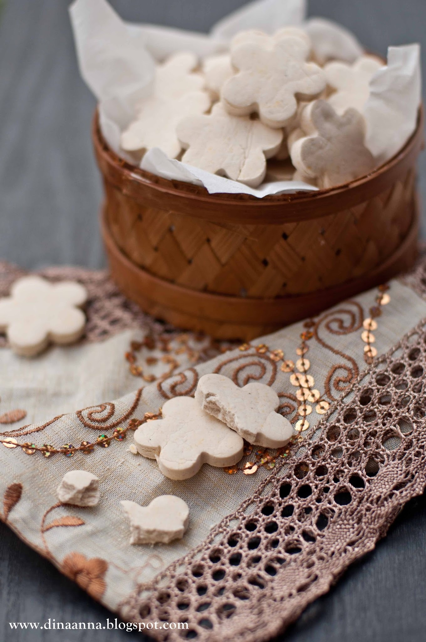 Arrowroot cookies