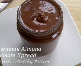 Homemade Almond chocolate Spread