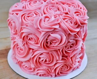 Rose-Covered Cake Tutorial