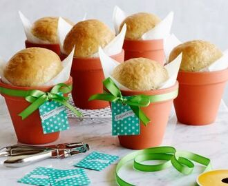 Kids Can Make: Rosemary Bread in a Flower Pot