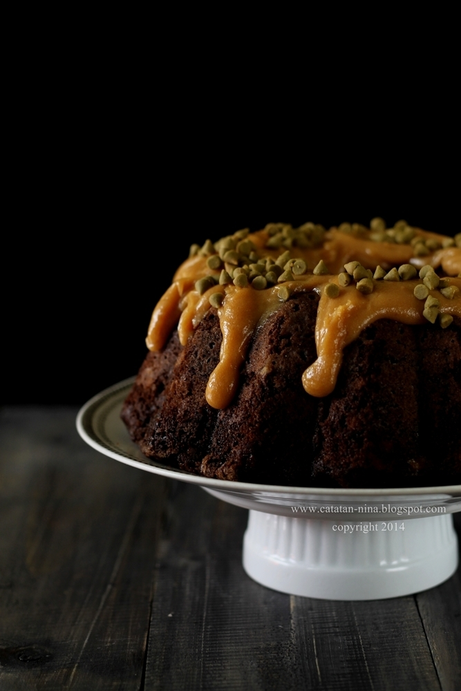 CHOCOLATE BANANA CAKE WITH PEANUT BUTTER ICING