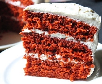 Best Red Velvet Cake Recipe Ever / Red Velvet Cake Recipe