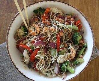 Prawn & Squid Noodle Bowl