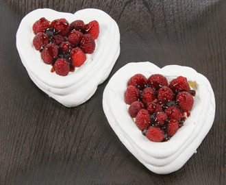 Raspberry Meringue Hearts  #SundaySupper