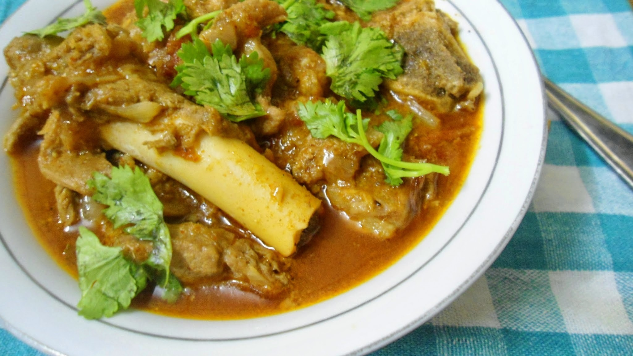 Madras Mutton Curry | Spicy Lamb Gravy | Meat Recipe