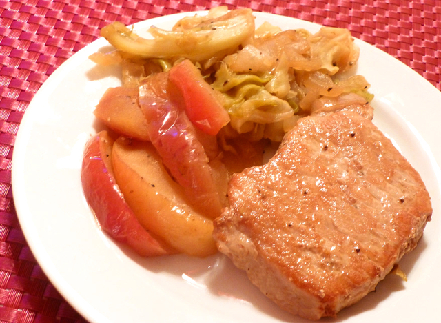 Baked Pork Chops w/Apples and Cabbage