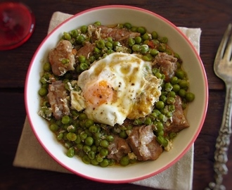 Peas with spare ribs and poached eggs | Food From Portugal