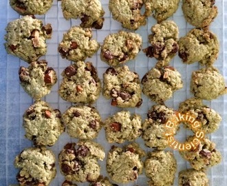 Matcha Oatmeal Chocolate Chips Almond Cookies
