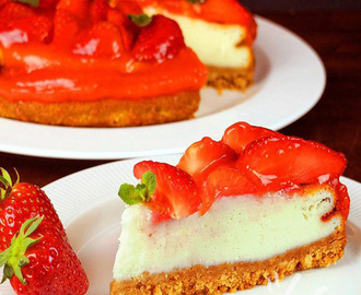 Cheesecake di yogurt alle fragole