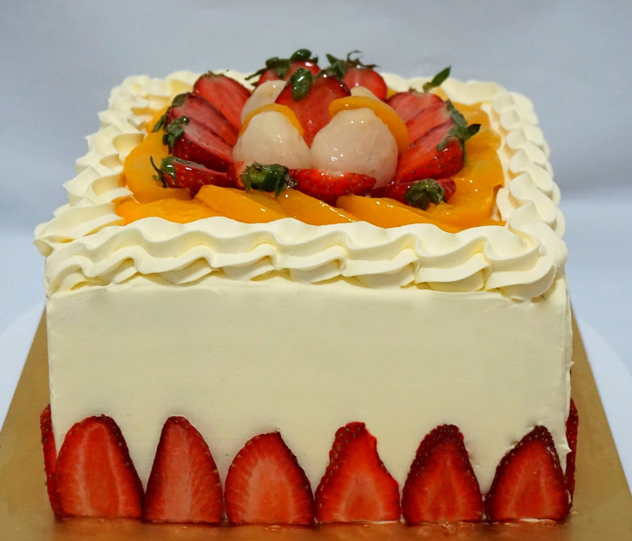 Assorted Fruits Rainbow Cake