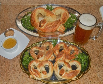 Soft Pretzels - Plain, Cajun, Chat Masala & Gigantic! ... with Alien Mustard and Louisiana Remoulade