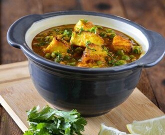Matar Paneer- How to Make Matar Paneer