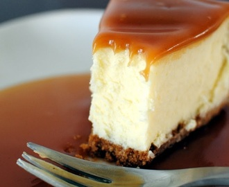 White Chocolate Caramel Cheesecake