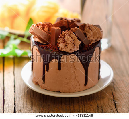 chocolate cake on wooden background