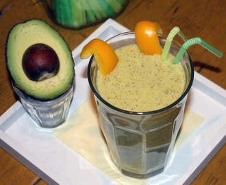 Bell pepper avocado smoothie