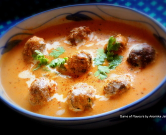 Cauliflower Koftas in Tomato & Almond Gravy