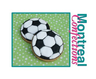How to transfer image to your cookie dough - how to make a soccer ball cookie