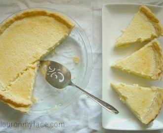 OLD FASHION AMISH LEMON SPONGE PIE