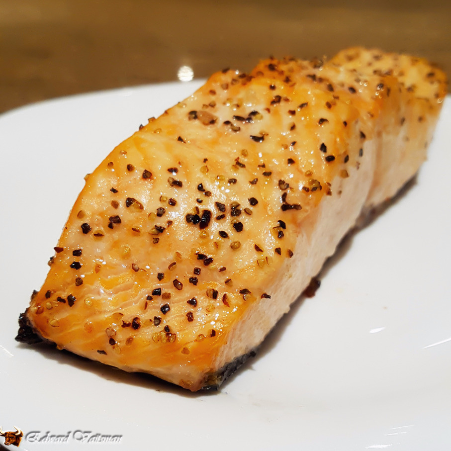 Grilled salmon fillets simplified