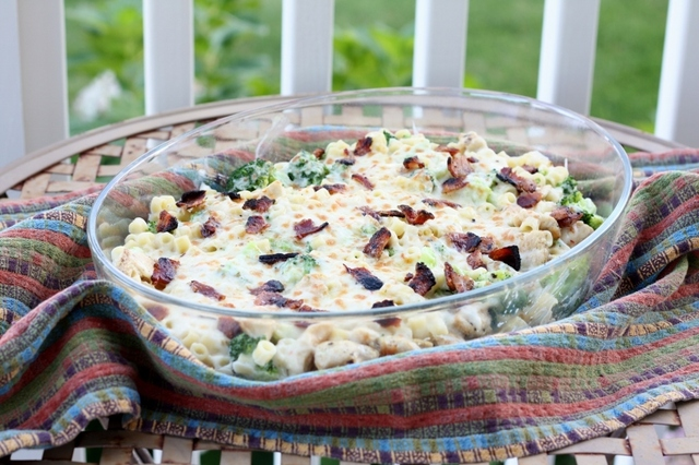 Chicken-Broccoli Mac and Cheese with Bacon