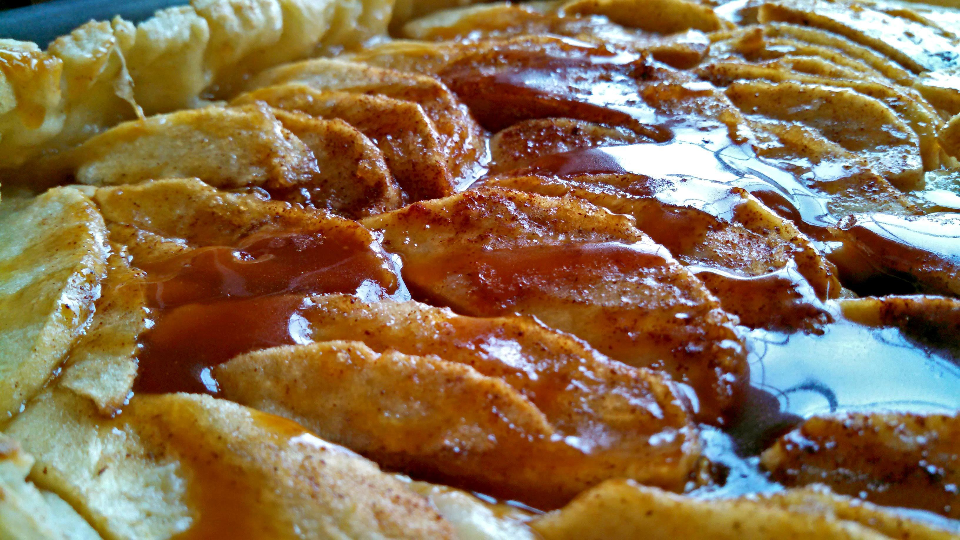 Meatless Monday ~ Apple Ricotta Tart