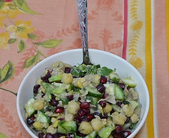 Chickpeas Pomegranate Salad