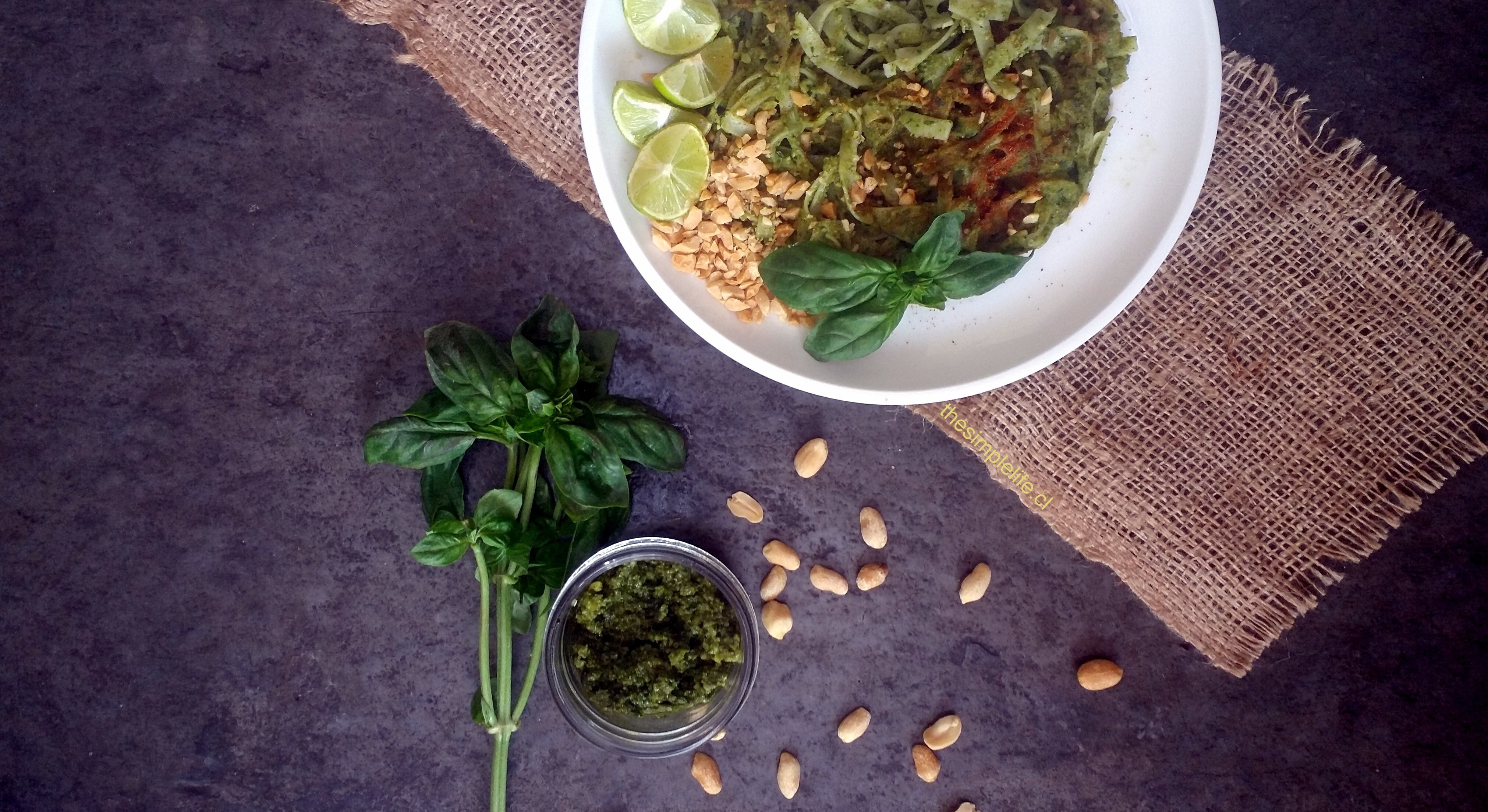 Noodles de Arroz con Pesto Thai.
