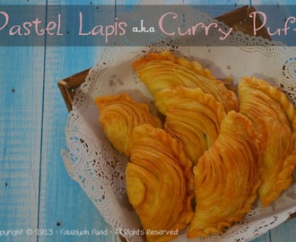 Pastel Lapis a.k.a Curry Puff