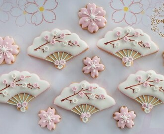 How to make SAKURA FLOWER FAN COOKIES ~ PLUS how to make fondant flower tutorial included!