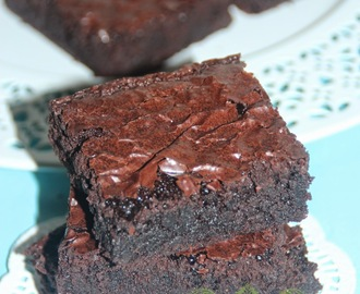 CHOCOLATE BROWNIES 'KEDUT'