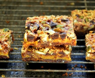Magic Pumpkin Butter Bars with Pumpkin Seeds and a Gingersnap Crust