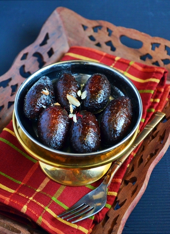 Kala jamun recipe | Easy Indian sweet recipes