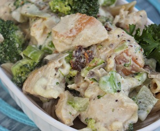 Sundried Tomato Alfredo Pasta with Chicken & Broccoli