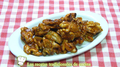 Receta fácil de nueces caramelizadas ideal para decorar