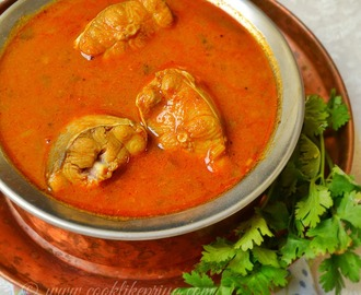 Sura Meen Kuzhambhu | Tamil Style Fish Curry Recipe