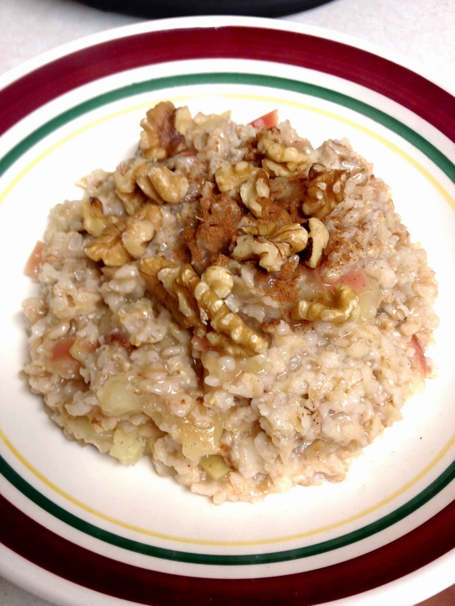 Apple Pie Oatmeal in the Pressure Cooker