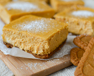 Pumpkin Cheesecake Bars with Speculoos Crust