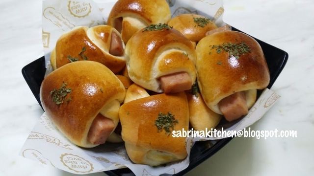 迷你面包卷 ~ Assorted mini bread bun.