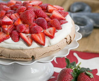 Chocolate Pavlova #SundaySupper