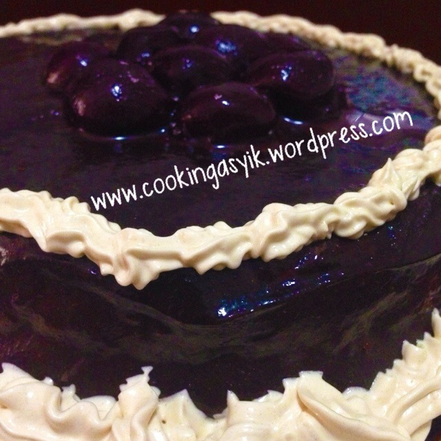 Penaklukan Black Forest Jilid 2 with chocolate ganache