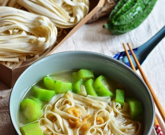 Soy Bean Noodles #2 - 丝瓜豆签 Soy Bean Noodle Soup with Angled Loofah