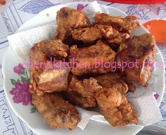 金牌炸排骨 Fried Pork Ribs