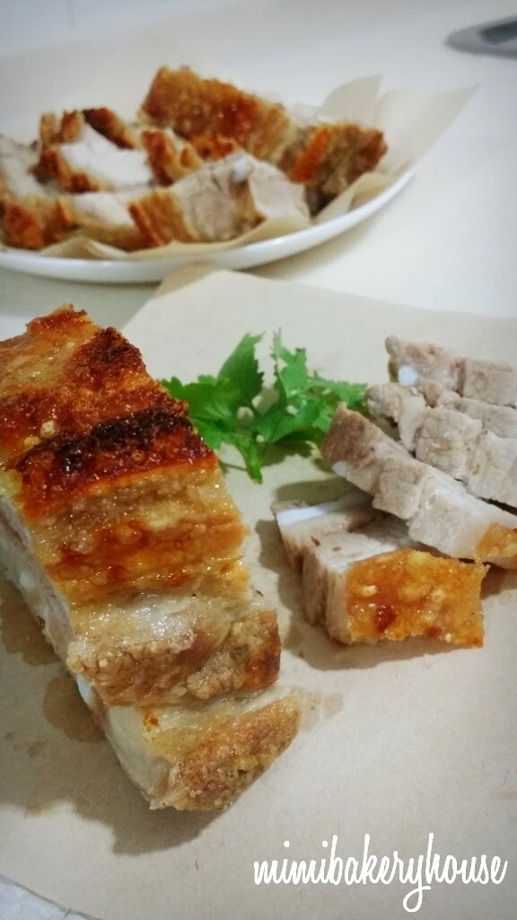 """Siu Yuk"" aka Crispy Roasted Pork Belly 脆皮烧肉"