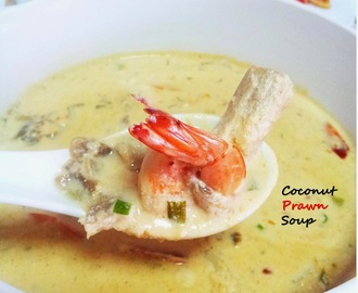 Coconut and Prawn Soup (Steamed)