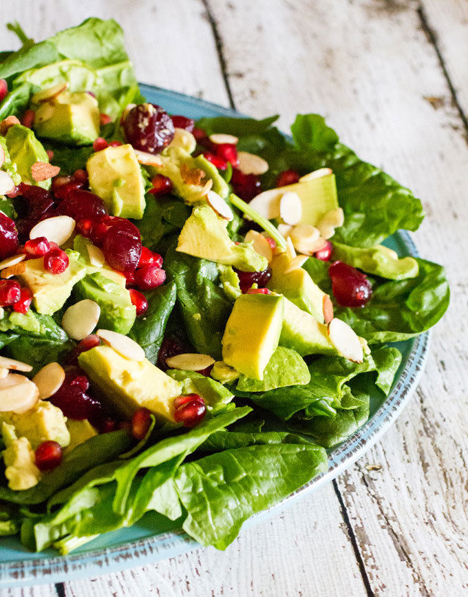 Holiday Avocado, Pomegranate Spinach Salad & Rachael Ray Stoneware #Giveaway #HolidayRecipes