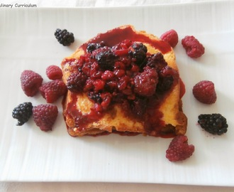 "Brioche perdue en croque aux fruits rouges (""Lost"" brioche ""croque"" way red fruit)"