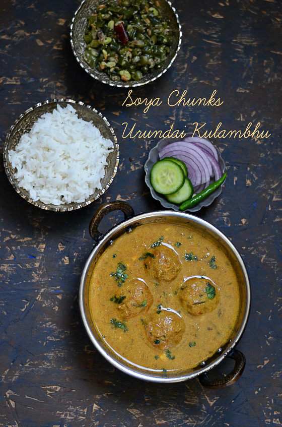 Soya Chunks Urundai Kulambhu / Soya Chunks Meatball Curry