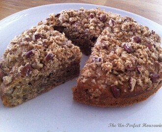 Low-fat Spiced Pecan Coffee Cake